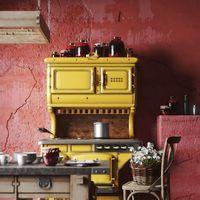 Red kitchen Mediterranea Italy