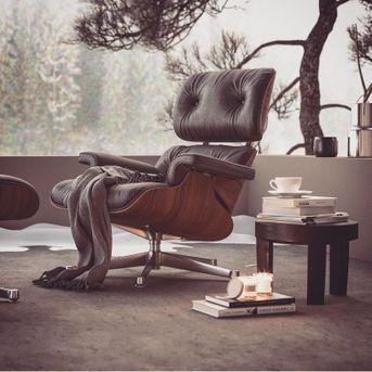 Vitra armchair render Corona