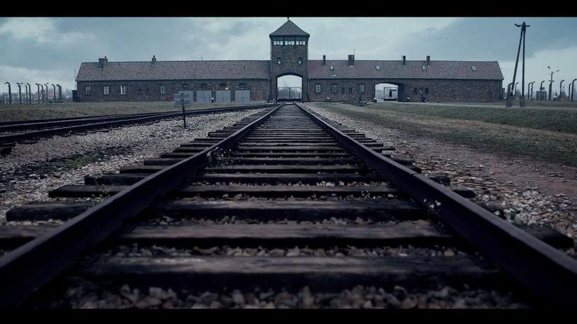 Auschwitz. Il ruolo del 3D nella memoria.