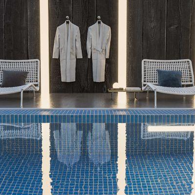 Pool side view Corona render