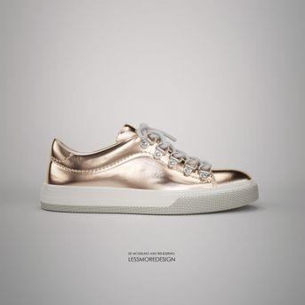 sneaker donna effetto metallo