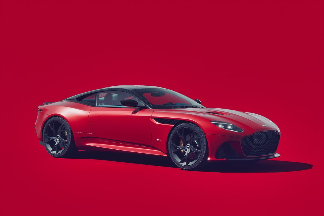 Aston Martin Superleggera - studio